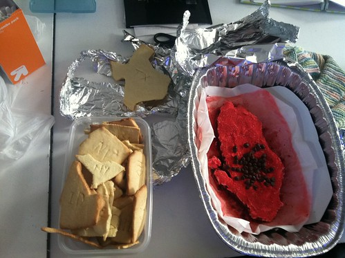 Sara's final project: United States in cookies, and Albania in cake | by jenksbyjenks
