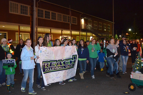 Reach-volleyball-club-santa-parade9