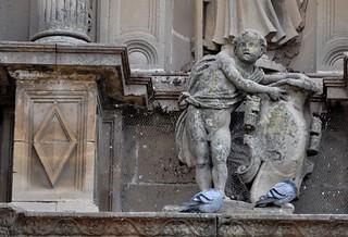 Úbeda (Jaén). Capilla del Salvador. Fachada. Escudo de Francisco de los Cobos