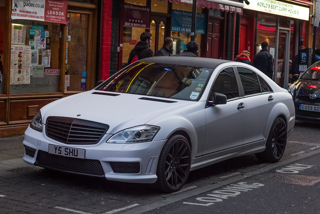 Matte White And Black Nice Find In Bricklane Today Mercede Flickr