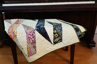 Twizzle Quilt at Piano | by Maggie Muggins Designs