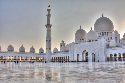 Sheikh Zayed grand mosque | by arripay