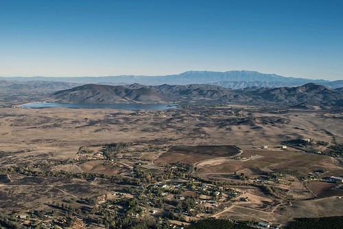 lake water nikon desert scenic aerial hotairballoon skinner nikkor mountian reservior balloonride lakeskinner d80 skinnerreservior