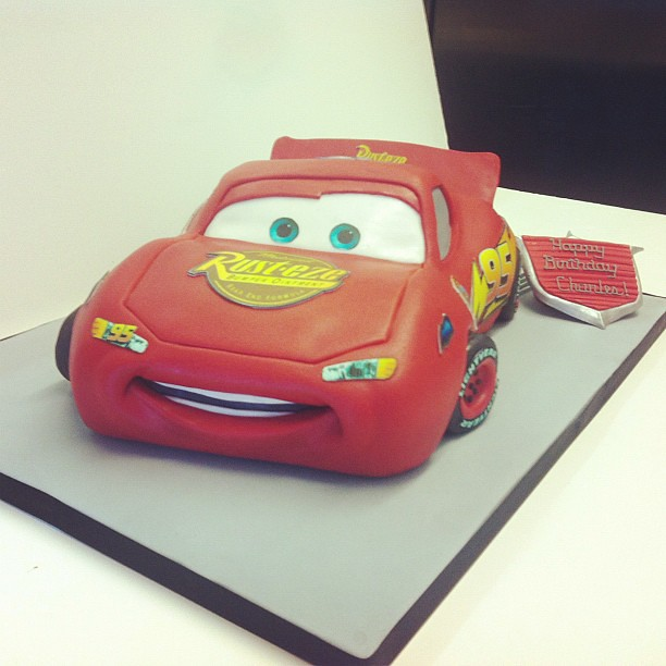 Admirable Lightning Mcqueen Birthday Cake Lightningmcqueen Car Bi Flickr Funny Birthday Cards Online Fluifree Goldxyz