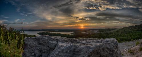 hdr branson tablerocklake sunset 82megapixels