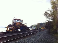 日, 2012-10-21 15:40 - 線路の補修中 Tomkins Cove