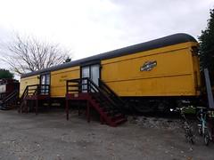 土, 2012-10-27 14:35 - 郵便車