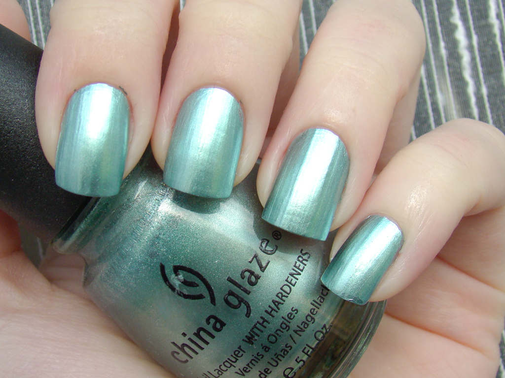 China Glaze Metallic Muse | 2 coats, natural light | Flickr