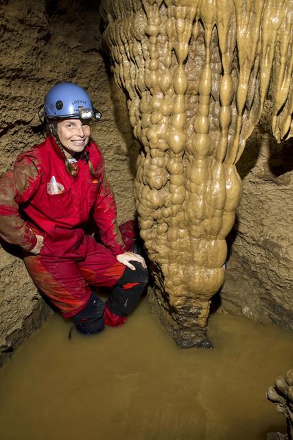 Flowstone, Daphne Soares, Bartlett Cave, Putnam Co, TN