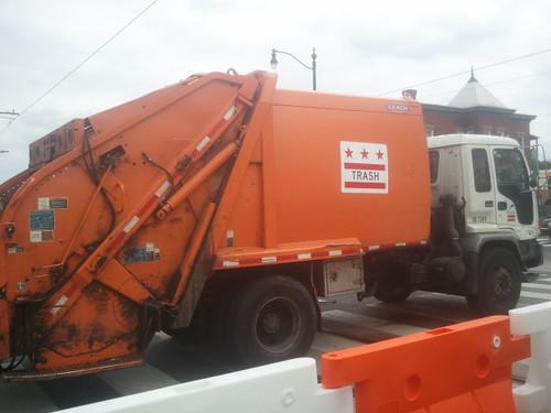 DC garbage/sanitation truck
