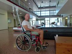 zo, 07/10/2012 - 13:05 - 016. Paul aan infuus, hij heeft accuut gesloten kamerhoek glaucoom