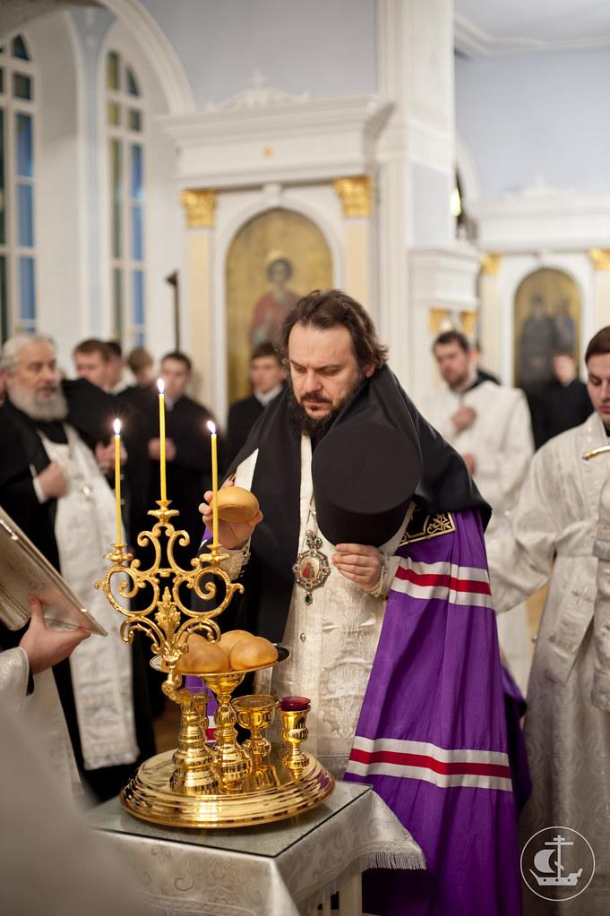 20 ноября 2012, Всенощное бдение накануне Собора Архистратига Михаила и прочих Небесных Сил бесплотных.