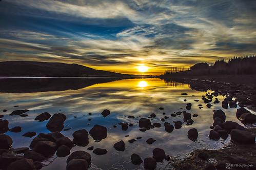 sunset sky water iceland vatn himinn sólarlag hvaleyrarvatn hphson