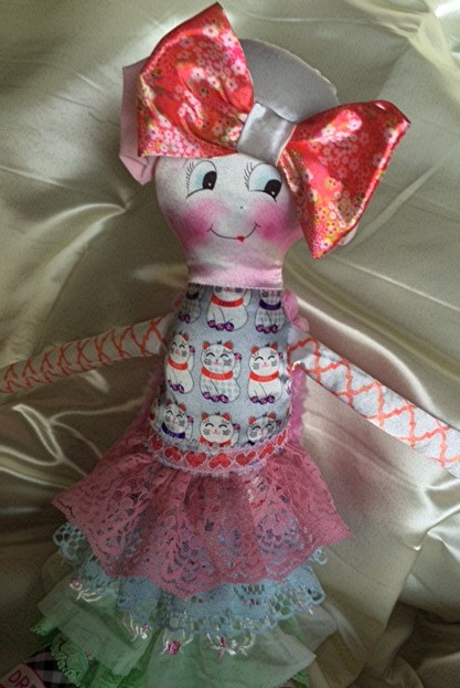 Bee Brave Buddies doll for children in treatment for cancer