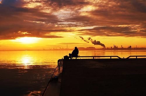morning sun lake ontario canada water silhouette clouds burlington sunrise nikon bfg d5100