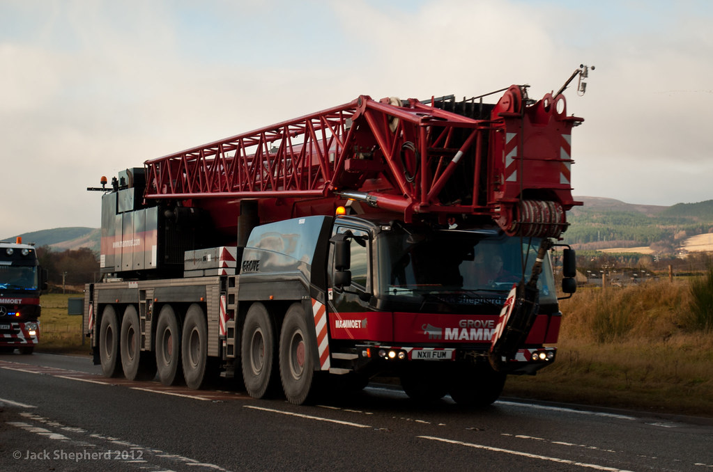 100% authentic 967bc 62a71 Mammoet Grove GMK 6300L | Heading North on the A9 at Rosskee ...