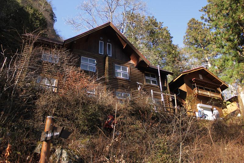 両神山 清滝小屋