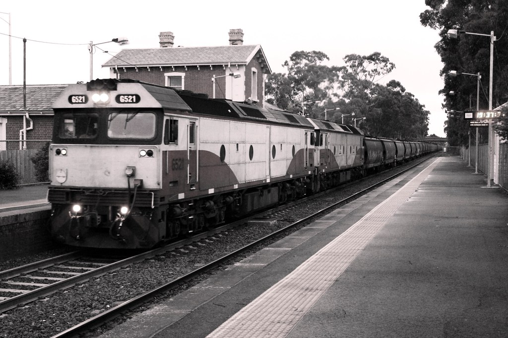 G521 and 532 on 9062 by Greensleeves.94