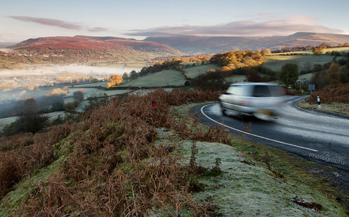 road mist wales sunrise view bend south valley brecon beacons hairpin