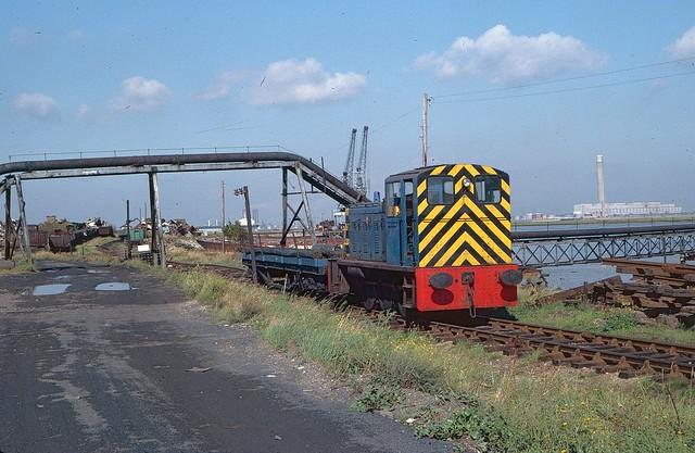 Drewry shunter at Queenborough wharf in 1981