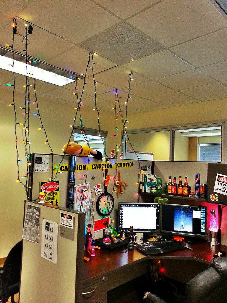 Put Up Christmas Lights In The Cubicle At The Office Cub