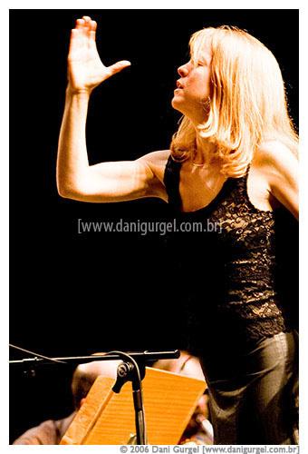 68.313 Maria Schneider - Tim Festival 2006 - 0005