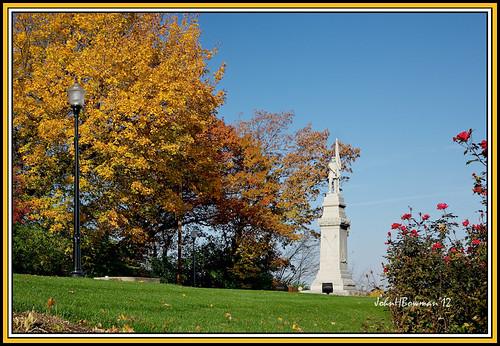 ohio october fallcolor parks statues blueskies 2012 perrysburg civilwarmemorial woodcounty hoodpark nrhp canon24105l memorialsmonuments localparks october2012