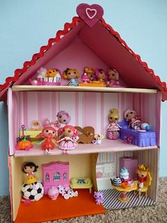 lalaloopsy Dollhouse (3) | by Boynton Art Studio