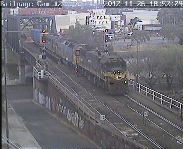 X49-G527-A78 9101 Down PN Mildura 'Fruit Flyer' 26-11-2012 by Railpage Bunbury Street