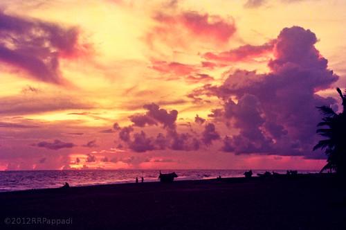 sunset india beach kerala thiruvananthapuram sankhumugham