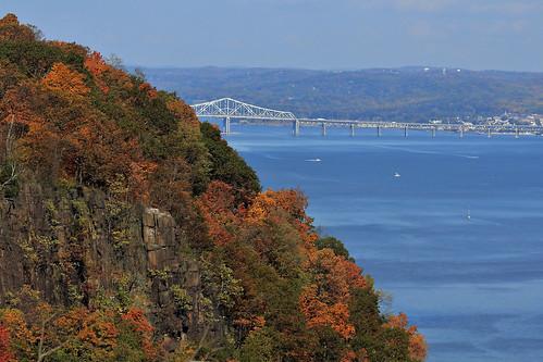 bridge autumn trees cliff newyork water landscape newjersey fallcolor hudsonriver autumncolor tappanzeebridge canon60d jannagal jannagalski