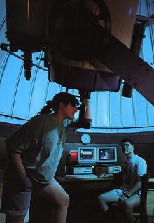 Students using the telescope in Brackett Observatory in 1994