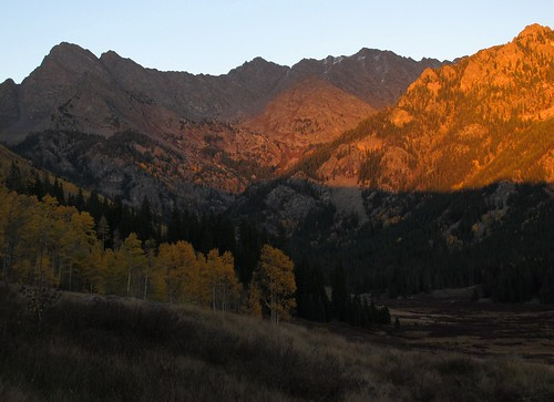 autumn light sunset wild sunlight mountains fall nature beauty forest landscape outdoors evening colorado shadows view hiking fallcolors illumination adventure valley backcountry aspens rockymountains wilderness exploration discovery eaglecounty aspentrees eaglesnestwilderness whiterivernationalforest gorerange fadingsunlight mtpowell scenicsnotjustlandscapes zoniedude1 canonpowershotg11 earthnaturelife coloradoexpedition2012 upperpineyriver 13534ftelevation