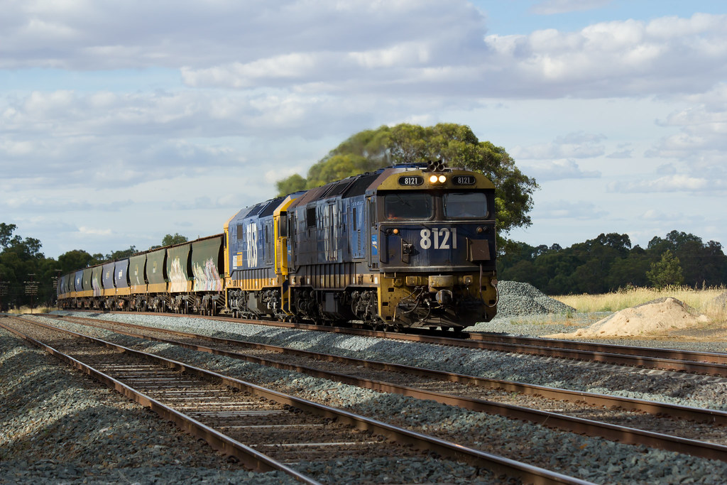 1CM6 Grain Train by Matt McFarlane
