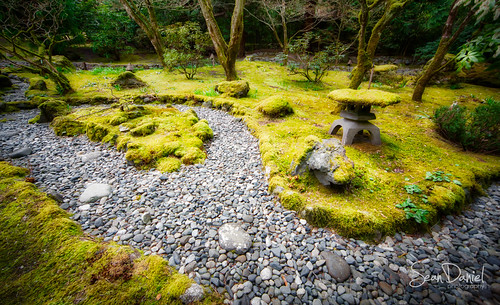 buchart garden japanesegarden rocks vancouverisland aurorahdr canon creek green markii moss pebbles structure victoria yyj