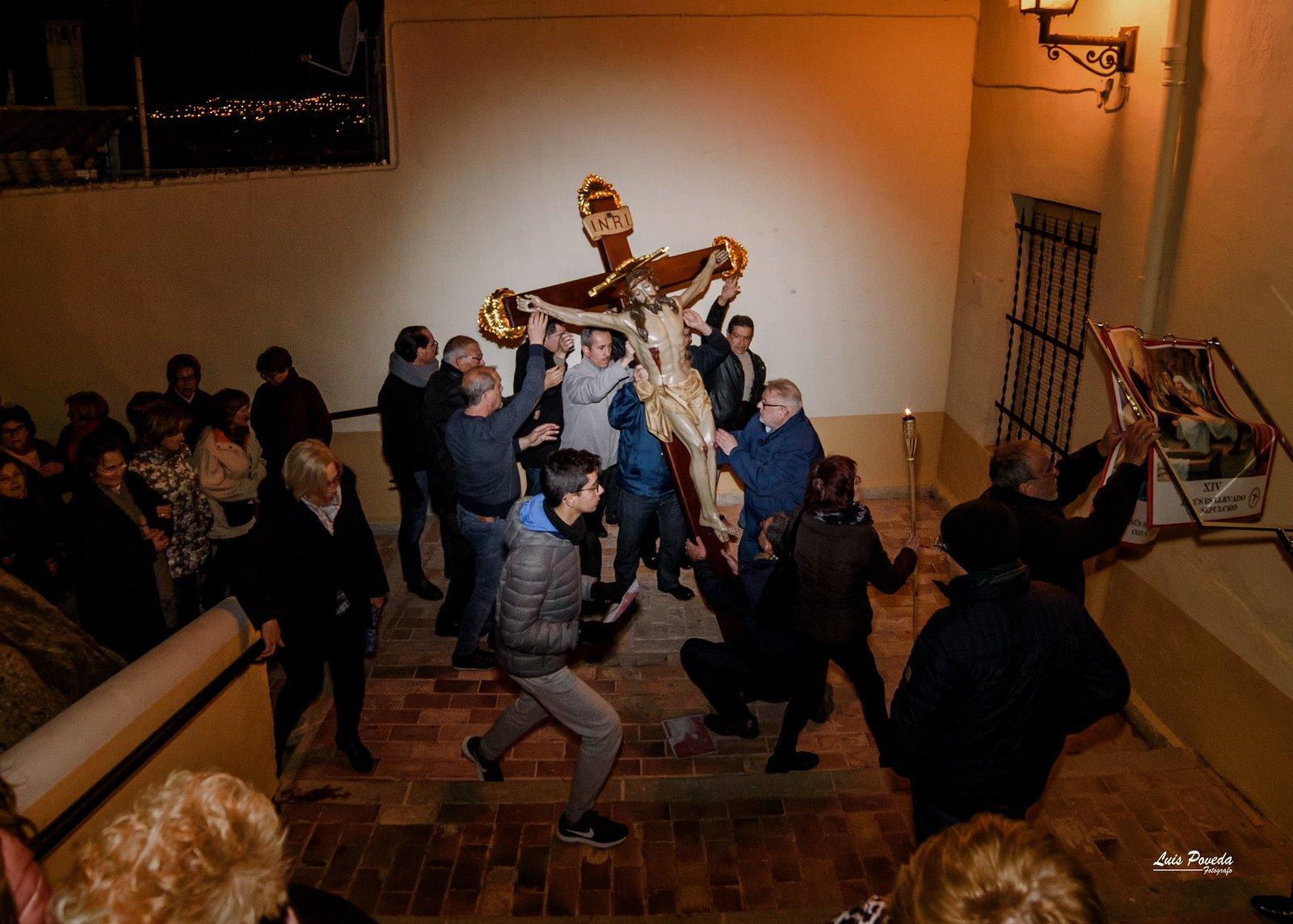 (2018-03-23) - IX Vía Crucis nocturno - Luis Poveda Galiano (04)