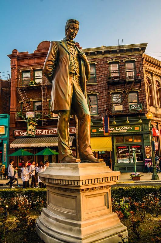 USJ statue