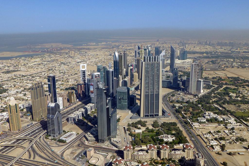 Curvature of the Earth - Top of Burj Khalifa - Dubai   Flickr