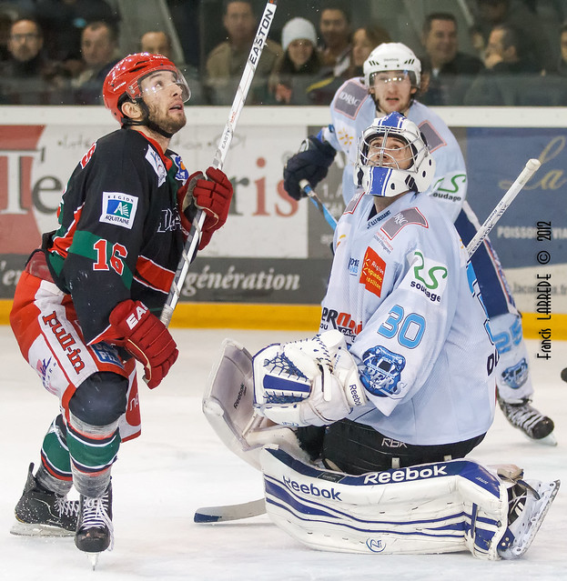 Florent NEYENS (Anglet Hormadi-16) - Michael DUPONT (Montpellier Vipers-30) - 20121222-120