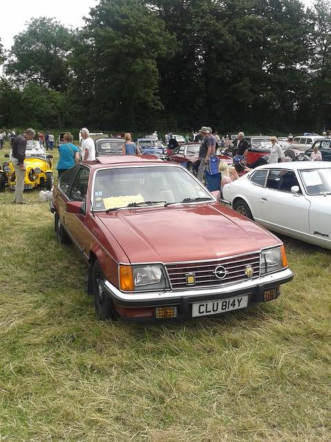 Opel Monza CLU814Y