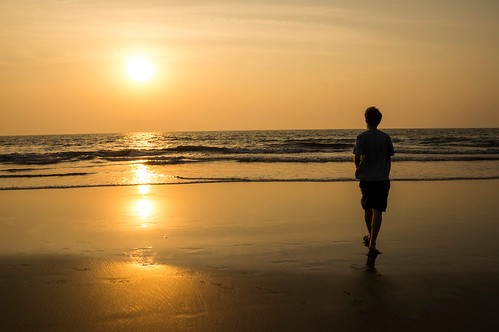 sunset sea india reflection beach water strand meer wasser waves sonnenuntergang goa spiegelung indien mandrem wellen arambol impressedbeauty flickraward