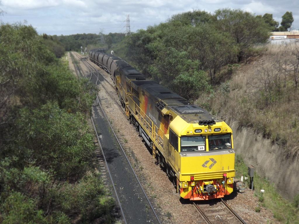 5026-5027 loaded Aurizon coalie @ Mayfield West by LOCOPOWER