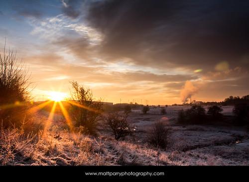 uk chimney england snow colour ice clouds sunrise canon river dawn frost industrial cheshire sunburst brook middlewich 60d mattparry