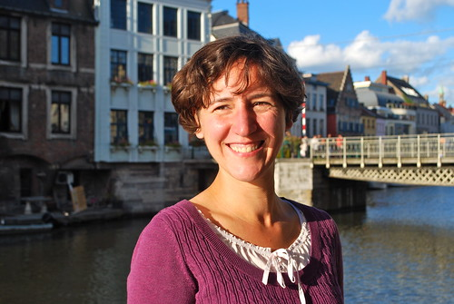 A few times a week, Sarah commutes to Brussels where she works as a Dutch language teacher at the European School.  Even though she loves her job, she could never move to Brussels. For Sarah there's is nothing like Ghent!