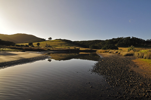 newzealand sunrise river landscape rivière paysage landschaft neuseeland leverdesoleil greatbarrierisland gbi d90 nouvellezélande flickrandroidapp:filter=nonegreatbarrierislandilenordnouvellezélande