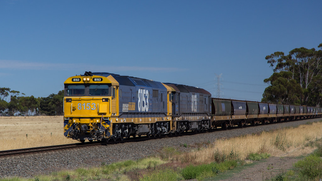 8153 with a loaded grain train by michaelgreenhill