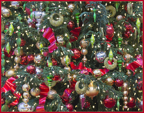 To wish you a very merry Christmas & a lot of happiness, health and inspiration in 2014 | by Bert Kaufmann
