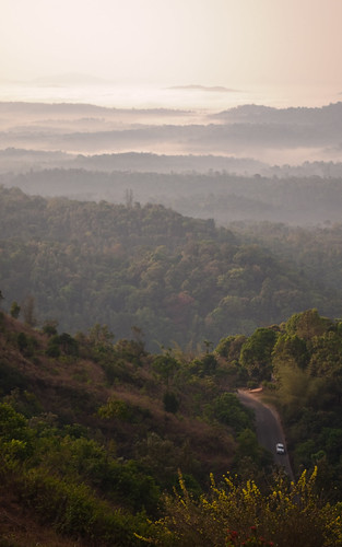 india mountain fog sunrise landscape valley karnataka coorg madikeri kodagu rajdarshan