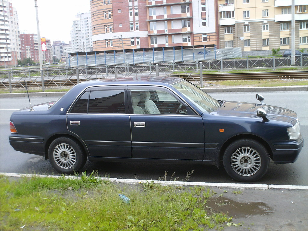 Kelebihan Toyota Crown 1998 Top Model Tahun Ini