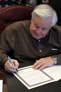 Mayor Summey signs National Black HIV/AIDS Awareness Day proclamation | by North Charleston